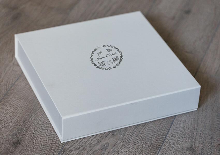 SkyBook Studio Classic Box White UV Print