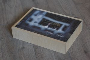 SkyBook Studio Standard Wood Box Graviranje UV Print