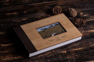 SkyBook Studio WoodCraft Frame